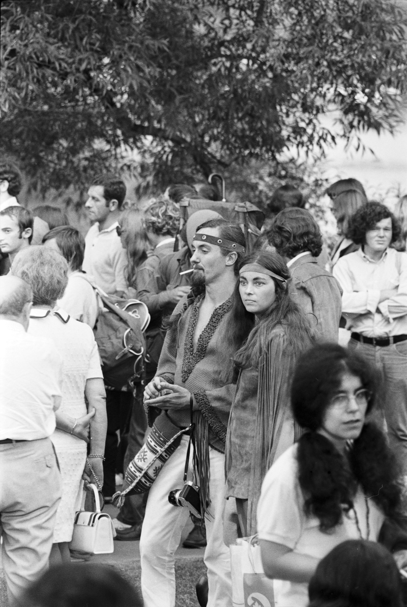 Couple in the crowd at the 1970 Mariposa Folk Festival on Toronto Island. Image no. ASC06192.